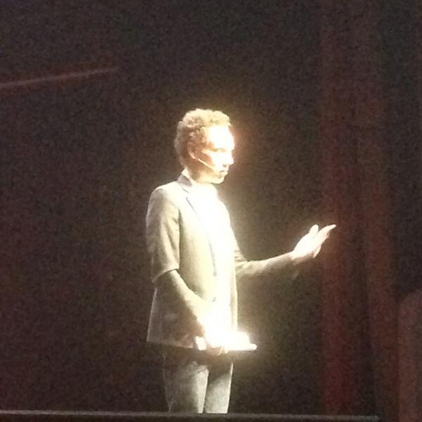 Schremkopf: @Gladwell keynoting #MagentoImagine - gifted storyteller, deep grasp of his subject. http://t.co/A3HYTMWffP