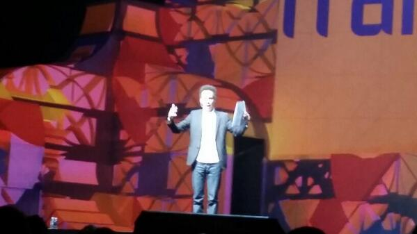 Cerasis: Malcolm @Gladwell talking about #freight at #MagentoImagine! http://t.co/8HWHDA6BmR
