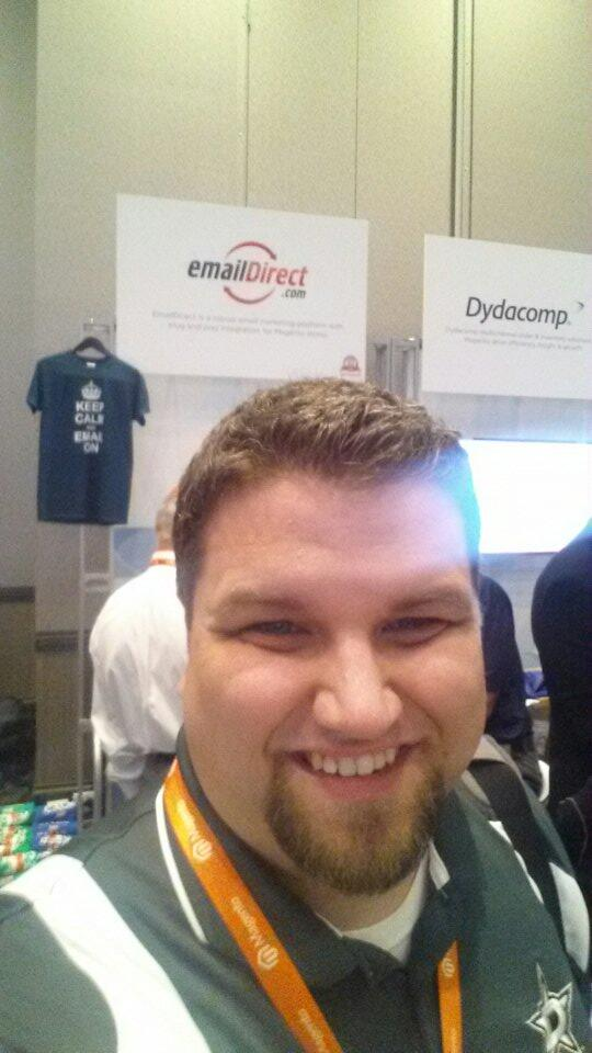 matthewcspencer: Hey @windsorcircle @emaildirect, send me to London! Or somewhere warm like Hawaii! #MagentoImagine #FreeVacation http://t.co/XzZy9I05QW