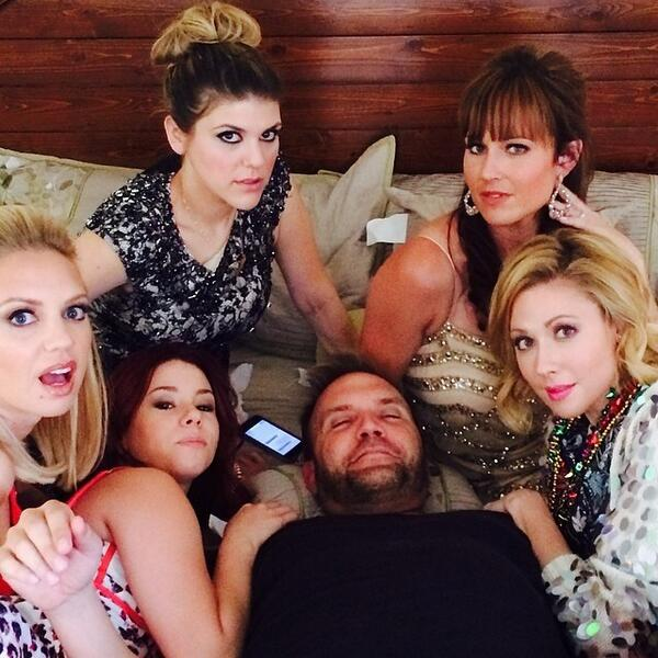 Our boss @chrisalberghini is surrounded! @nikkideloach @DesiLydic @mollytarlov @JillianRoseReed @Barret_Swatek http://t.co/VwE8Wcjvo2