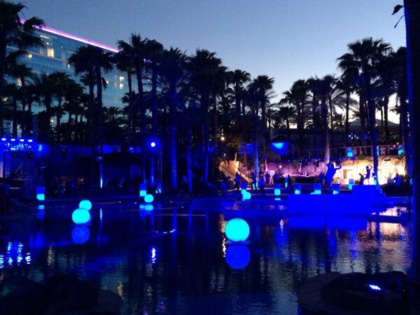 magento_rich: Legendary party begins! #MagentoImagine http://t.co/bHxFmJuEjV