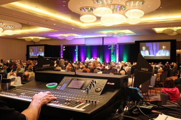 Very cool event we provided for a few weeks ago. Awesome look!@YamahaCommAudio @mikeeiseman @Mattywils523 http://t.co/cJRmN2gj98