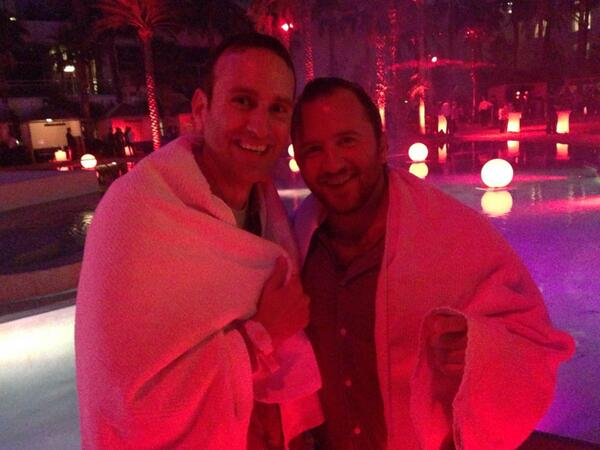 LoopCommerce: Chilling out at #MagentoImagine: @royerez & @rbonifacino from @alexandani after jumping into the pool at Hard Rock! http://t.co/h8pRhKFlQV