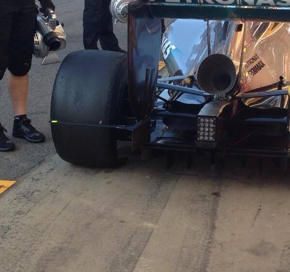 RT @F1sasha: VUVUZELA. WAHAHA RT @takiinoue: What a disgusting shape! F1 doesn't have a beauty any more ! Oh dear..... http://t.co/fcLf6rfS?