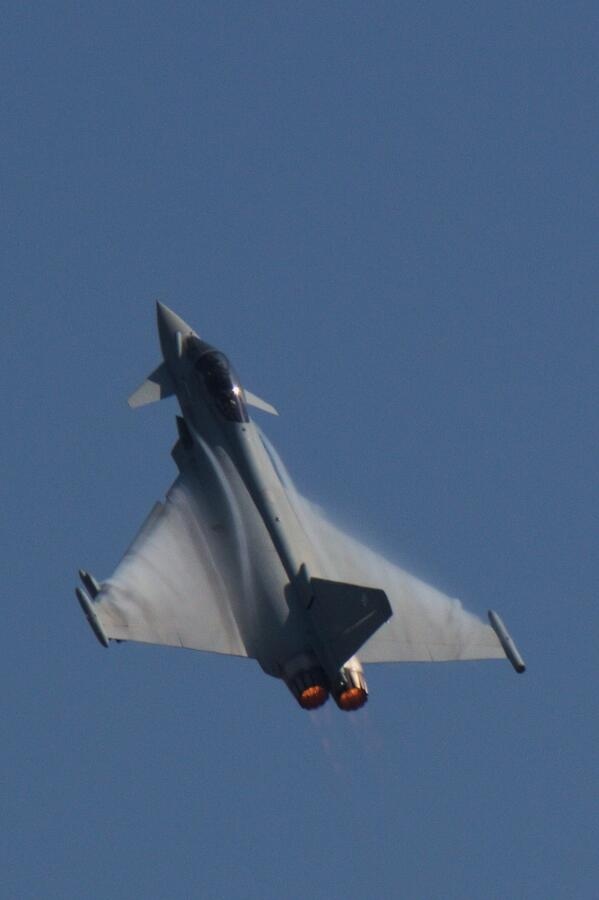 @RapidRacking I'm not working on it, just a photo on my phone. It's a Eurofighter Typhoon more usually seen like this http://t.co/AJtt8SzOpD