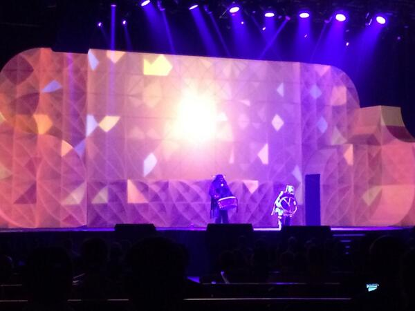 ShipperHQ: A flurry of light and movement on stage at #MagentoImagine this morning. Amazing performance! http://t.co/h0osVFUYvJ