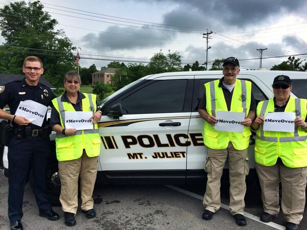 Some members from our Citizens Police Academy Alumni stopped by to show support for the #MoveOver movement. http://t.co/MtrYiAmmaW