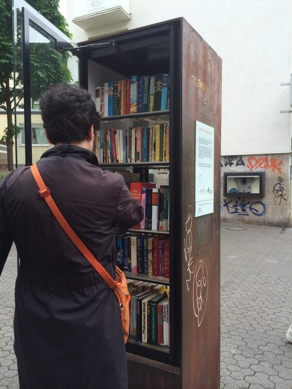 AIRINC On Twitter A Public Bookshelf Street In Frankfurt Where You Can Take And Place Books Tco G6fzrAi7Pv
