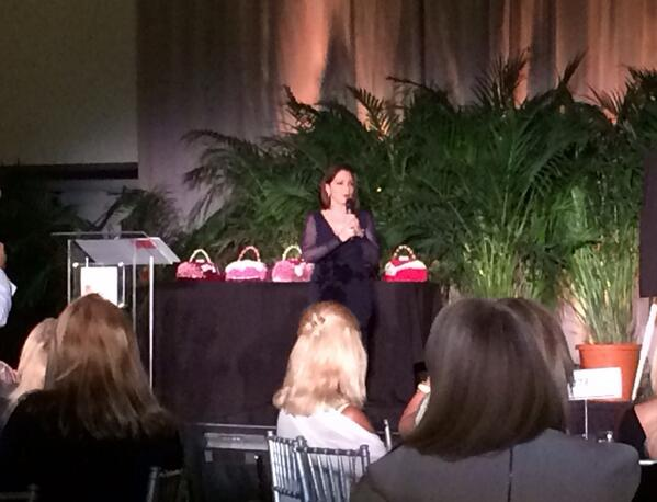 The lovely @GloriaEstefan speaking at @WomensFundMiami! #powerofthepurse http://t.co/zT25fwreiz