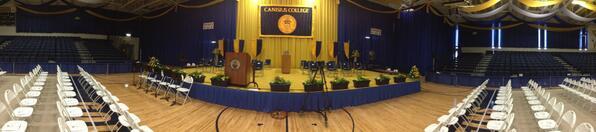 The stage is set – 3 hours til Graduate Commencement! #griffgrad http://t.co/eRtNMwxcgU