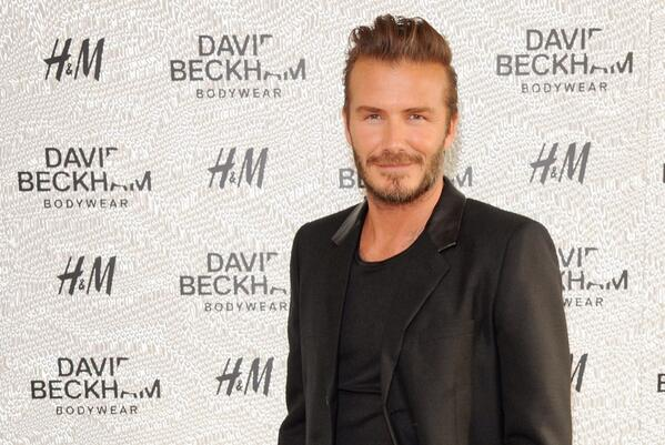 #Exclusive! See David Beckham at the #London launch event of his upcoming swimwear collection at H&M. #BeckhamforHM http://t.co/WaRqlPrBJw