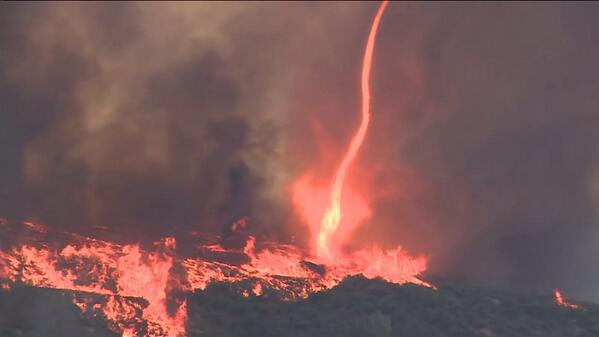 #MUST SEE: A tornado of #fire caught on video in #FallBrook.  #KTLA #KSWB #FIRENADO http://t.co/sbA0Y0lqQq