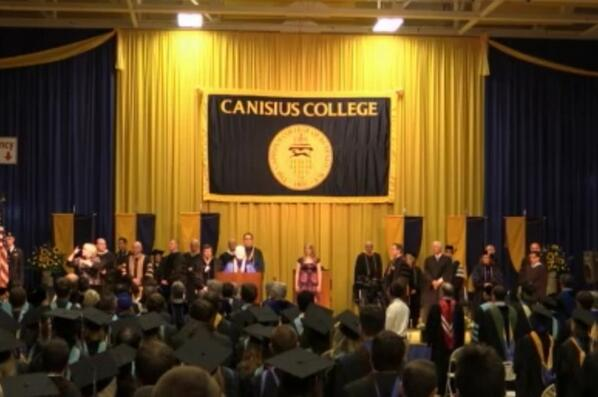We are underway with 2014 Graduate Commencement. Live feed at http://t.co/1T2vIEl9qY #griffgrad http://t.co/8zEqDQKmJM