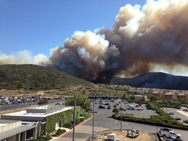 """@edgentrepreneur: Fire in the hills just off campus at #CSUSM  #happeningnow http://t.co/n515VHPRHF"""