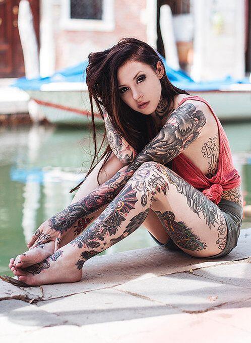 Caraotadigital On Twitter Fotos Las Chicas Tatuadas Más