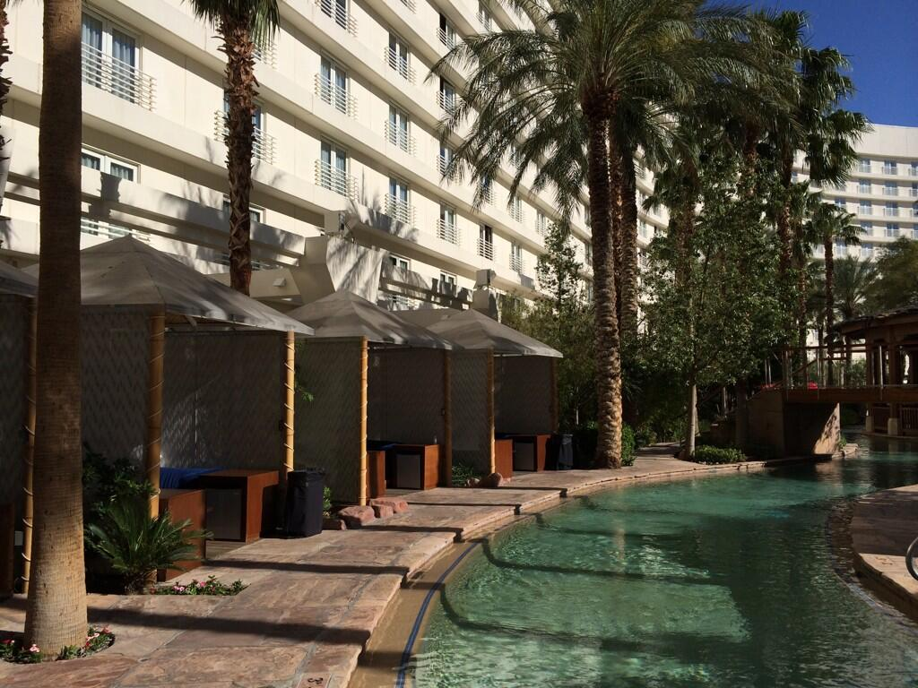 Boris_Lokschin: Today this was my 'office' during a good part of the day at Hard Rock Hotel #MagentoImagine http://t.co/QC4EqqEwsX