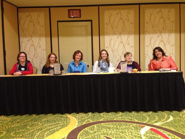 YA Fantasy panel! #RT14 http://t.co/bu6CbRfZy3