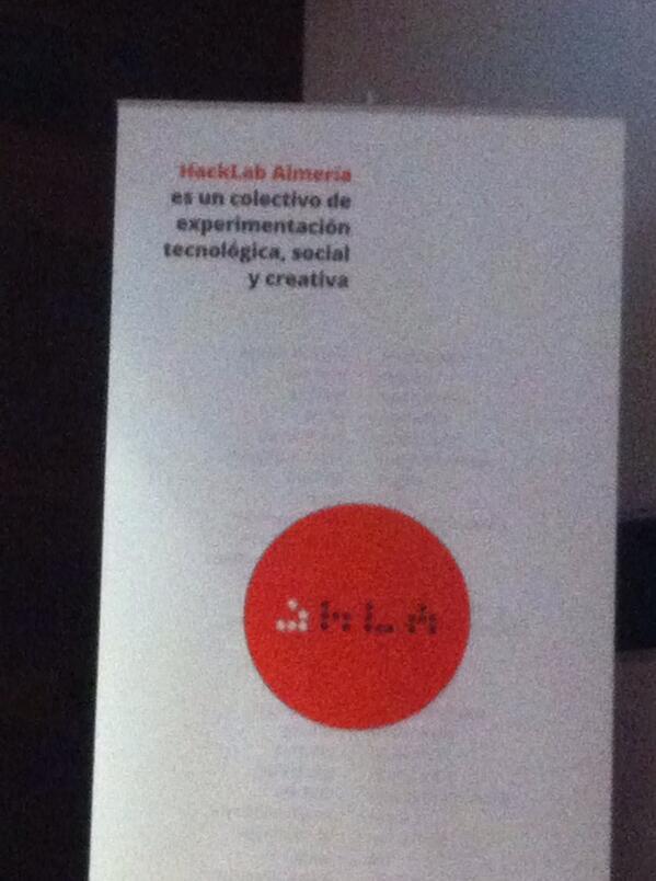 Con los del Hackatón del pasado 22 y 23 de marzo y los profes innovadores en el Museo #Almería #AtA #HacklabAlmería http://t.co/g5K8zUZfMO
