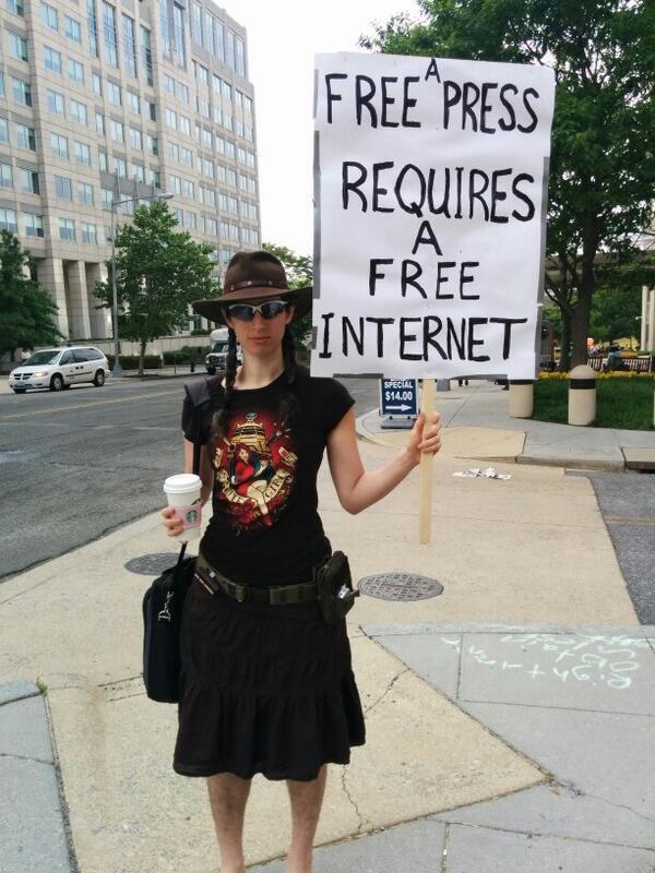 A free press requires a free Internet #savetheinternet http://t.co/12HWvBBFOm