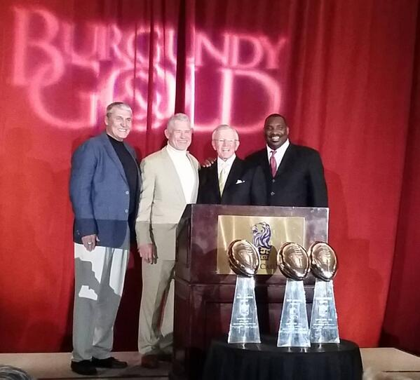 Last night realized I was part of an historical photo never taken before: Washington's 3 SB MVPs w/their Coach. #HTTR http://t.co/LhzzqB8FJa