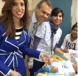 El Dr Balladelli y la gobernadora Zamora en el hospital regional