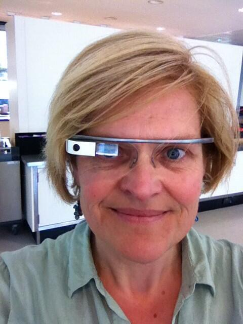 Judith Bloks On Twitter Ok Glass Take Selfie Httptcobhn77nwkwd