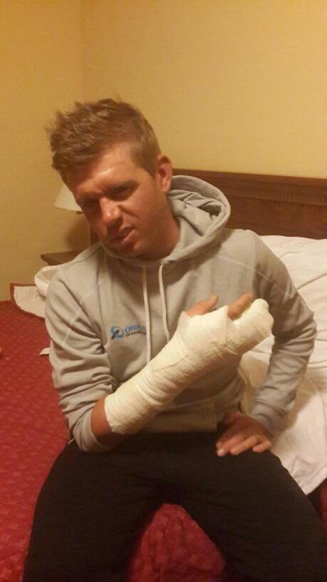 Giro done for this year. Broken hand. Taking home some amazing memories from the first week. Thanks @ORICA_GreenEDGE http://t.co/V9E1Znxqiy