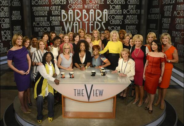How did this historic photo happen?? Watch @TheView tomorrow to find out! http://t.co/33uergy5a4
