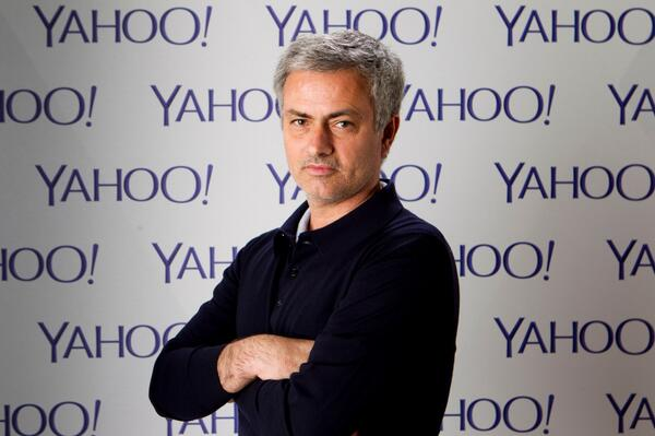 José Mourinho is taking over Twitter TODAY at 6:30pm. Tweet your questions to @YahooSports with the hashtag #AskJose http://t.co/urm89RNvXG