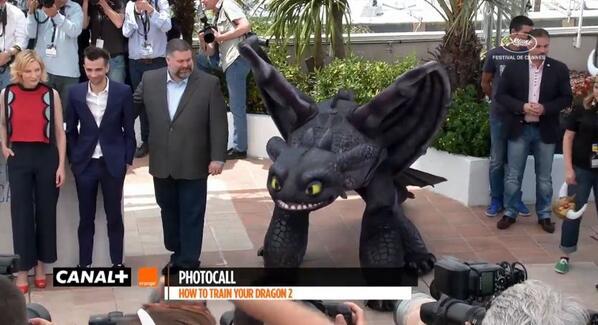 Dragons 2 au festival de Cannes 2014 - Page 2 Bnw-tBKCEAABfmG