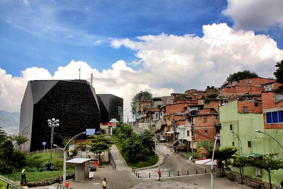 Medellín is now one of the world's most innovative cities, says @JosephEStiglitz http://t.co/eChY4ulCKa http://t.co/0xYshy1dwx