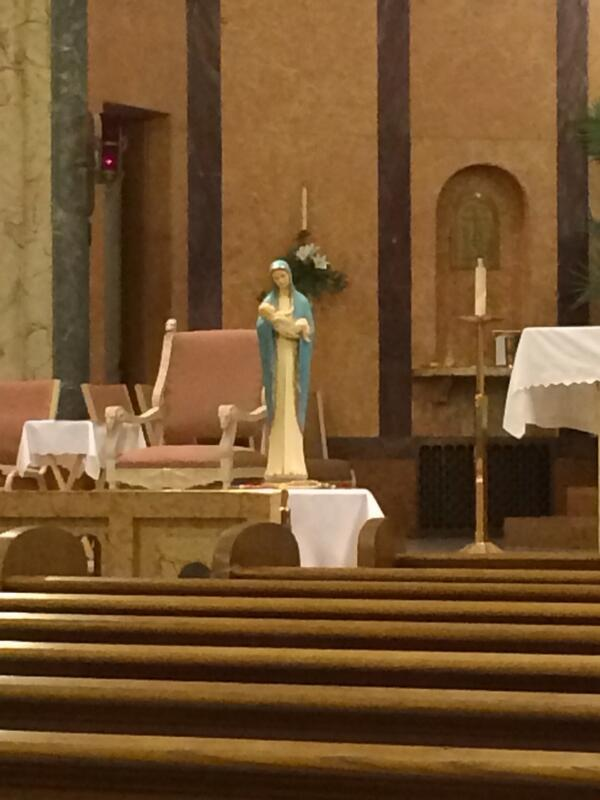 Our first communion students prepared a beautiful mass and May crowning at our weekly mass. #catholicedchat http://t.co/3aXvK2VPOb
