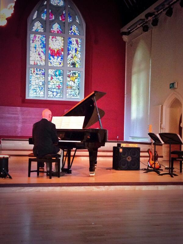 Michael Bonaventure has taken to the stage for the first of our keynote concerts! #muspro14 http://t.co/ef2cFNBKfu