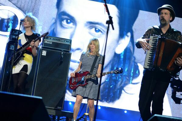 Tonight on @HBO - Nirvana's #RockHall2014 featuring @St_Vincent, @KimletGordon, @JoanJett and @Lordemusic http://t.co/Z8r9nYjLdt