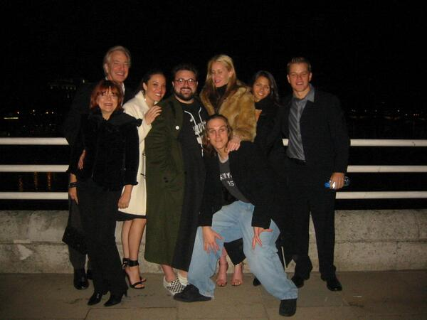 TBT-Alan, Chay, @ThatKevinSmith, Me, Lucy, Matt, Rima & @JayMewes on London bridge after 2005 @empiremagazine Awards: http://t.co/0DK4KZDmRZ