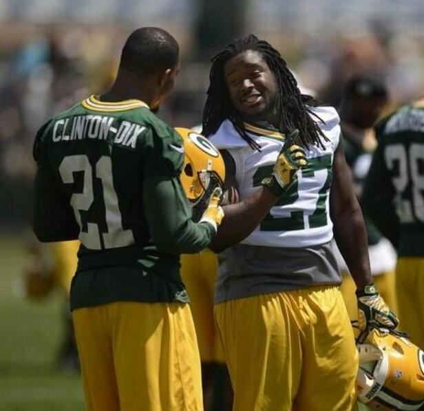 RT @haha_cd6: Feels like we were just In College grinding and now we back at it again. #cheeseheads @Lil_Eazy_Ana_42 http://t.co/9xmXcdd1Ro