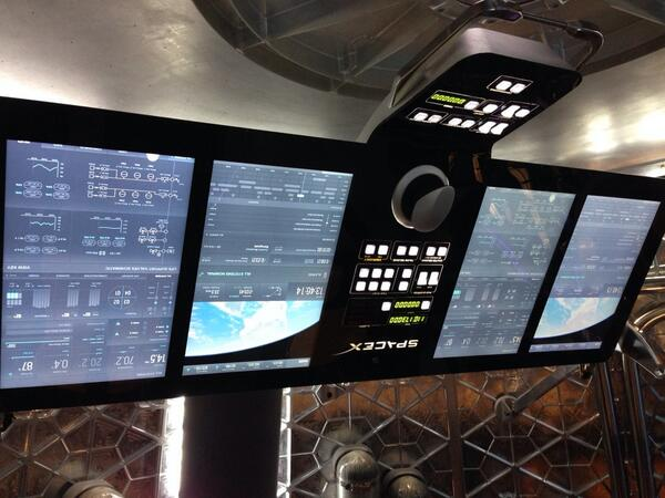 The control panel inside the Dragon V2 capsule. http://t.co/zKZIiRc89x