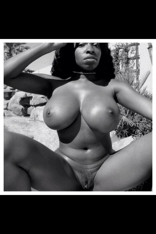 Vanessa blue nude pictures — pic 2