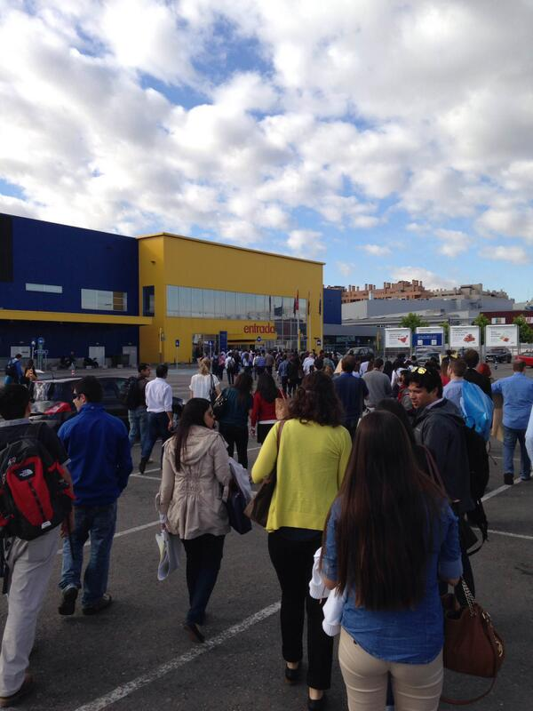#ieIMBA students entering @IKEA_Spain to present their Challenge Week solutions. Good luck! #gobeyond http://t.co/GUIRwxPT6s