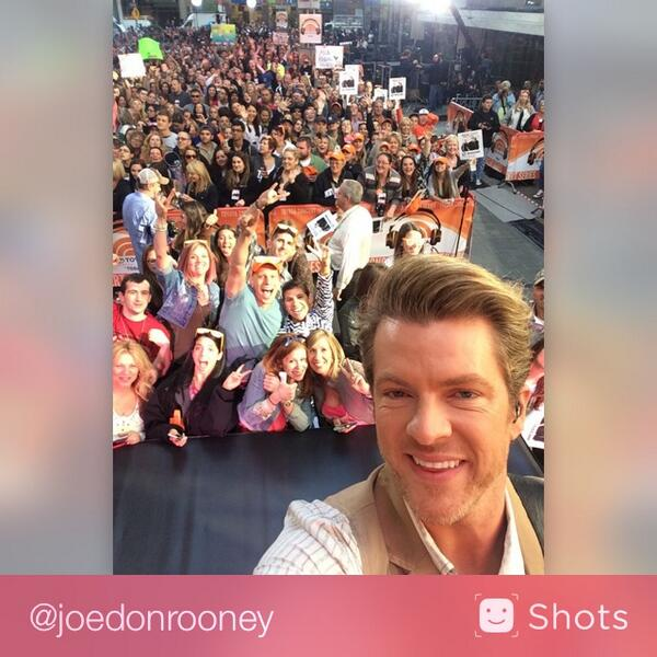 Love @todayshow & love our nyc #flattheads !!!! #rewind http://t.co/nBt8yFZYGT #selfie http://t.co/3ZUWTvteN6