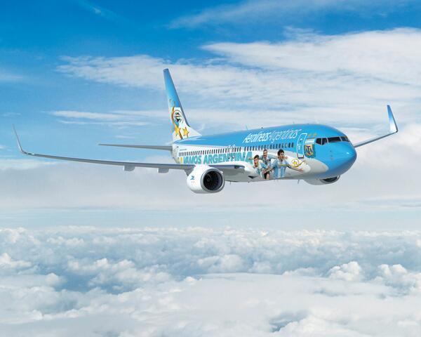 Así es el avión que llevará a la Selección Argentina al Mundial Brasil 2014