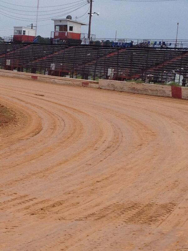 """OneDirt on Twitter: """"""""@DarrylCourson: Waycross motor Speedway racing south Georgia style. Going to be some great racing http://t.co/mnop199ufR"""" Our happy ..."""