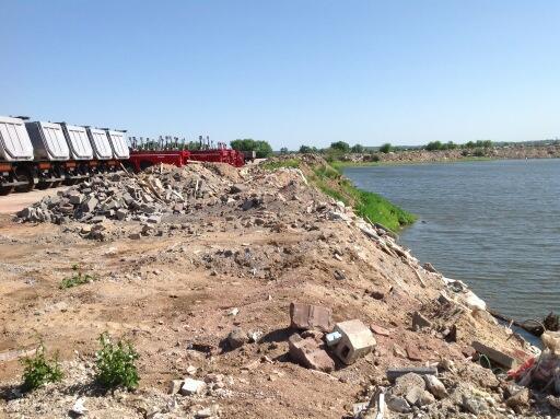 озеро в Жуковском загрязняется
