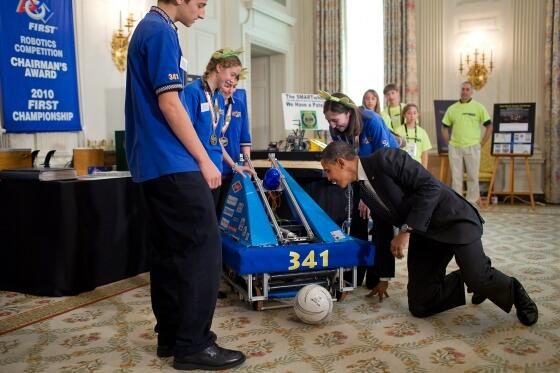 We're excited to announce the next White House Science Fair & celebrate girls in #STEM! → http://t.co/YMQCODf41w http://t.co/GrqNl75nP5