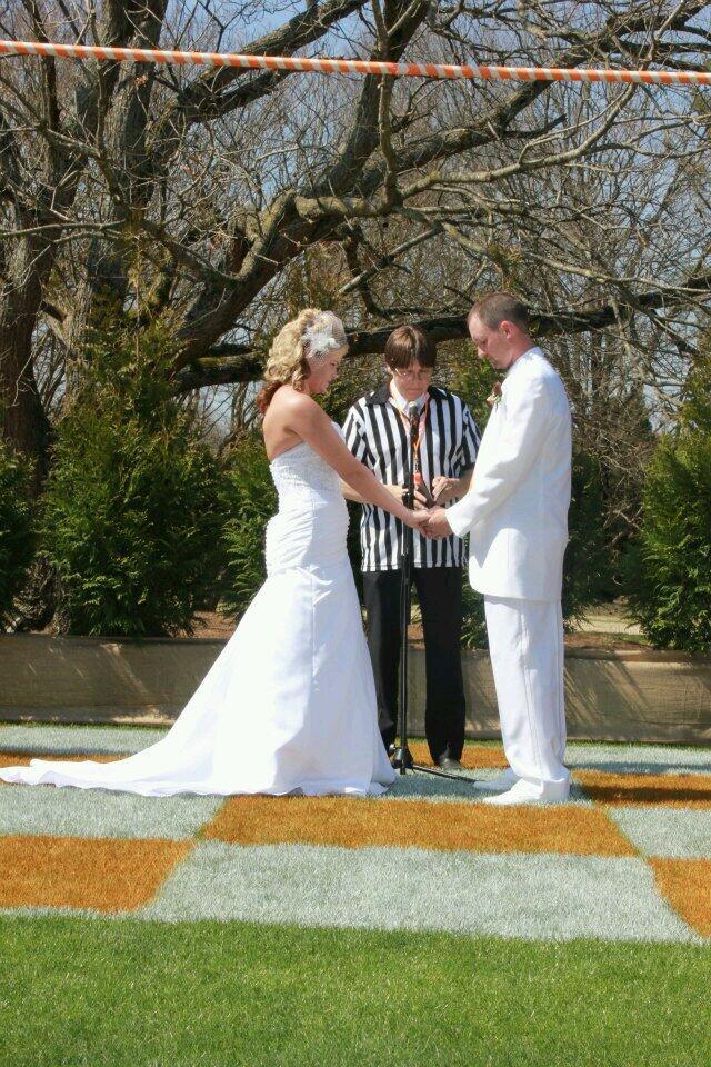 Hillbilly Wedding Dress 20 Beautiful  robby lowe