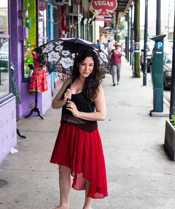 Bella Umbrella On Twitter Meghan Keshishian With Her New Parasol