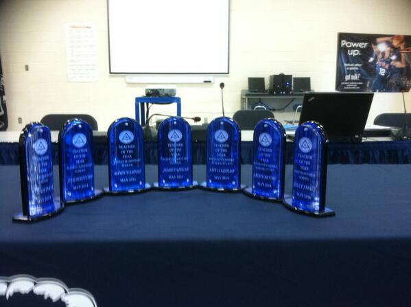 Teacher of year awards tonight @ PHS 7:30 @JeffSparagana @PottstownNews @MrsPenricePHS @MrArmsPHS http://t.co/SFTZk0yQ8v