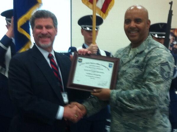 @JeffSparagana congratulates Sr Master Sgt. Alexander Bolar on JROTC achievement. @MercuryX http://t.co/6T2slT1Ncg