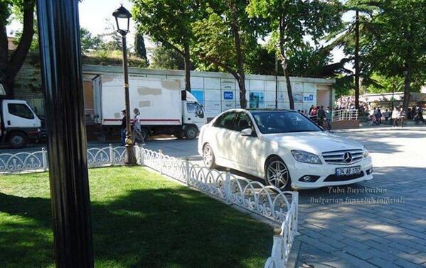 Машина энгина на съемочной площадке
