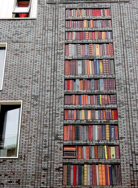 Ceramic book bldg, Amsterdam (photo: Barbro Norman) http://t.co/4yjiubTElP via http://t.co/4oJDkrbh0n #LibraryFutures http://t.co/hyEnL8OwlZ